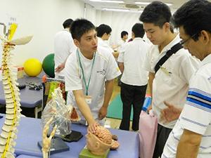 理学療法体験・作業療法体験